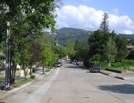 1 Broadway Ave and El Sereno big file 468x360 - The historic Broadway area neighborhood in Los Gatos