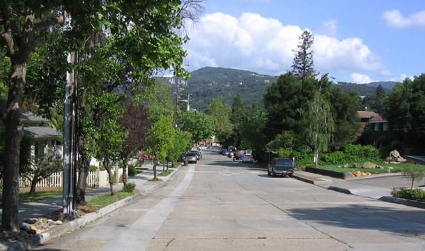 1 Broadway Ave and El Sereno big file - The historic Broadway area neighborhood in Los Gatos