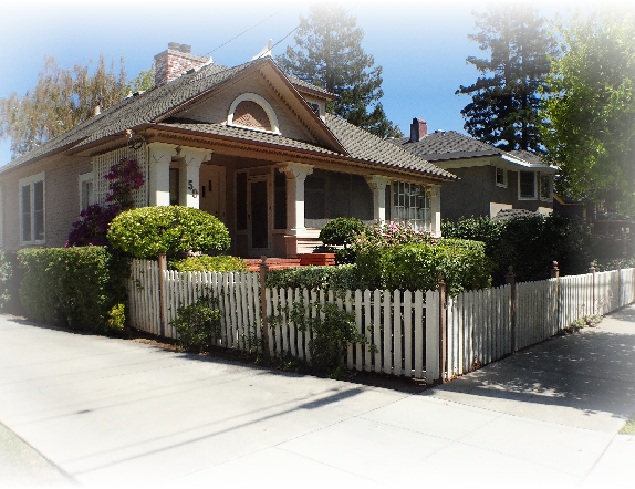 10 Broadway home 574x442 - The historic Broadway area neighborhood in Los Gatos