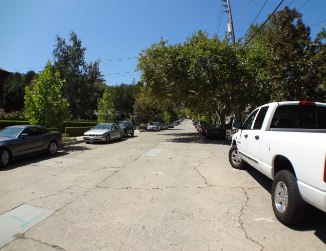 10 cars and cars 650x500 - The historic Broadway area neighborhood in Los Gatos