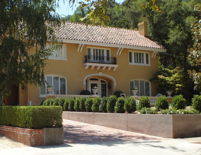 4 Mediterranean home on Broadway 650x500 - The historic Broadway area neighborhood in Los Gatos