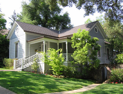 7 Home on Broadway 421x324 - The historic Broadway area neighborhood in Los Gatos