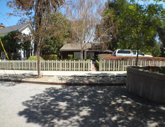 DSC00159 650x500 - University or Edelen Historic District neighborhood in Los Gatos