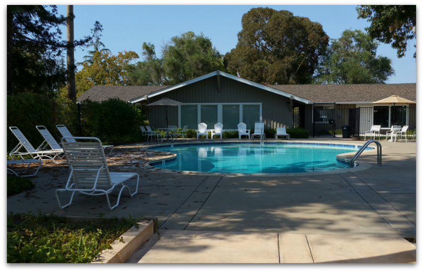 Los Gatos Woods townhome community pool