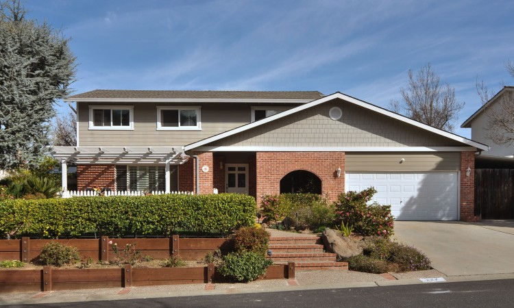 127 Belhaven Drive, Los Gatos CA - an extensively remodeled home!