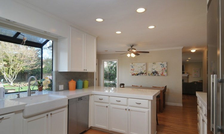 009 Kitchen 4 750x450 - Exquisite, expansive, remodeled Belwood home - 127 Belhaven Drive, Los Gatos