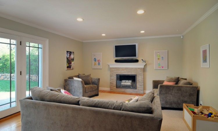 011 Family Room 750x450 - Exquisite, expansive, remodeled Belwood home - 127 Belhaven Drive, Los Gatos