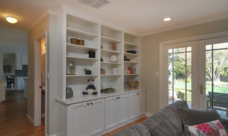 012 Family Room 2 750x450 - Exquisite, expansive, remodeled Belwood home - 127 Belhaven Drive, Los Gatos