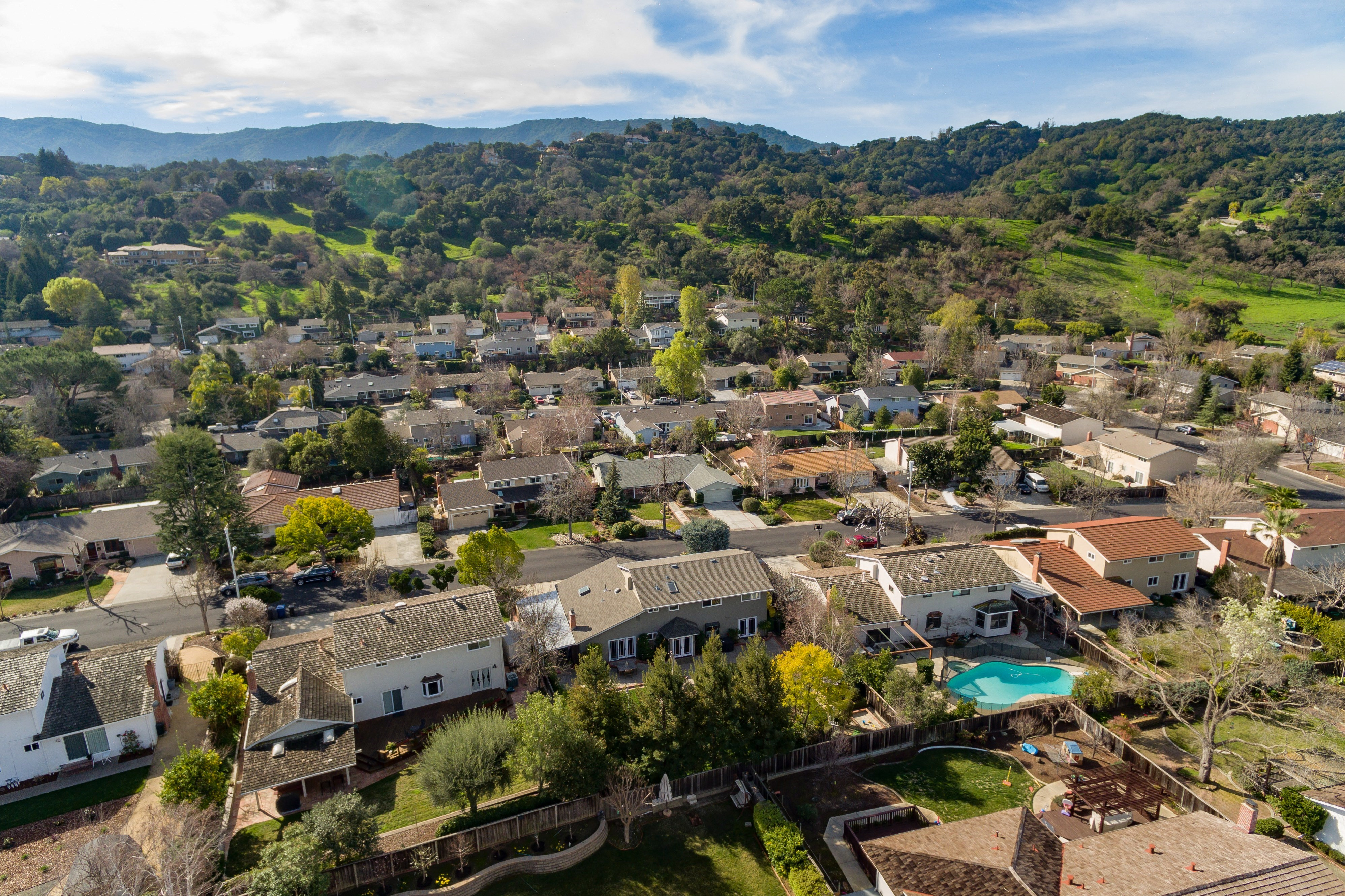 033 Neighborhood View - Exquisite, expansive, remodeled Belwood home - 127 Belhaven Drive, Los Gatos