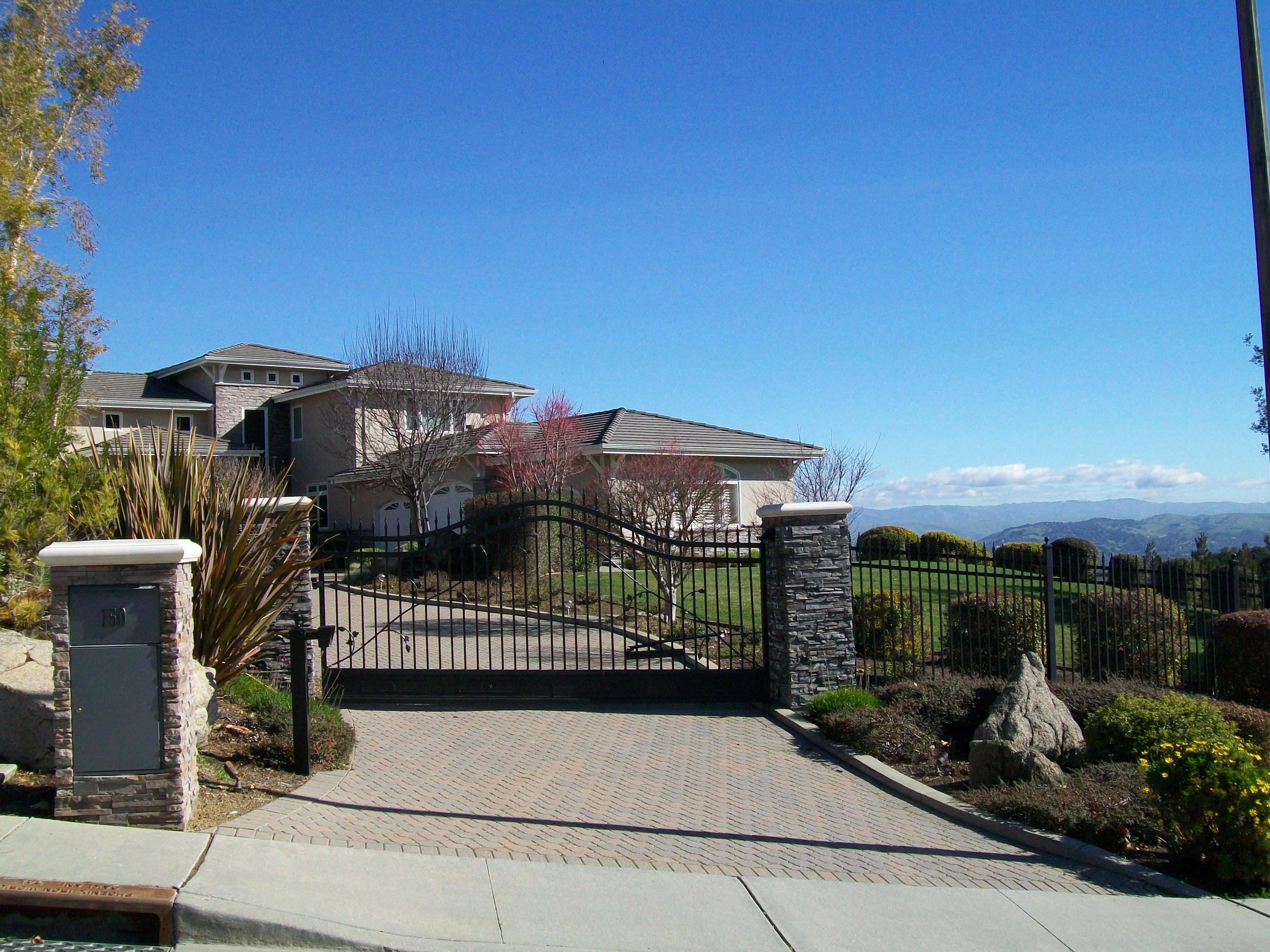 Sierra Azule view home - Santa Rosa Drive and Sierra Azule neighborhood