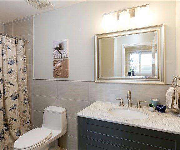 126 Charter Oaks Circle Master Bathroom