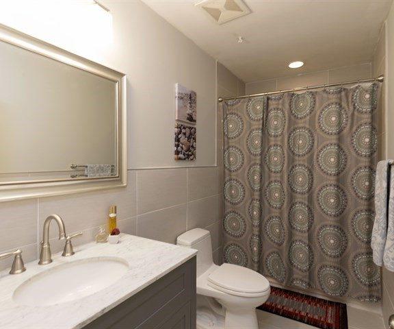 126 Charter Oaks Circle Remodeled_Hall Bath