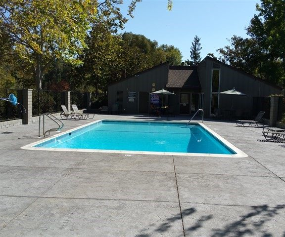 Charter Oaks Pool in Los Gatos - Photo by Realtor Mary Pope-Handy