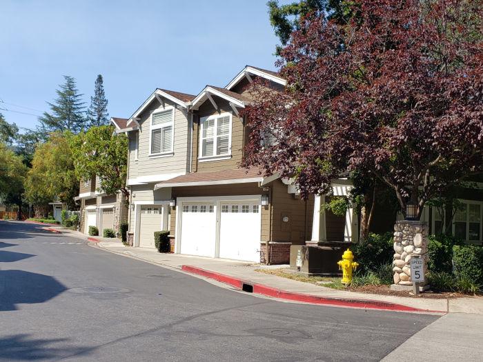 Bella Vista Village - Los Gatos - driveway